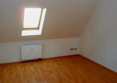 Schlafzimmer (2)-900807